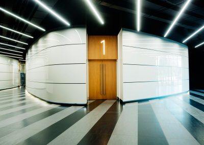 Вход зала 1 Софарма